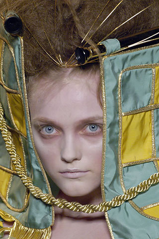 2006_fall_couture4